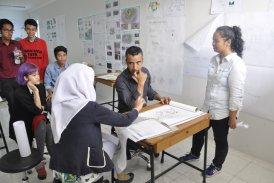 MK Perancangan Arsitektur 4 mendatangkan Jose Claudio Silva, Principal Architect AEDAS, Singapura untuk menjadi external reviewer UAS mahasiswa